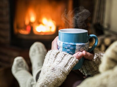 Mood-Boosting Helpers to Stress Less This Holiday