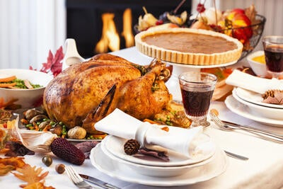 The Ultimate Thanksgiving Survival Guide: Digestive Health Hacks to Avoid the Food Coma