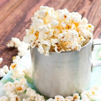 What's Poppin'? 7 Easy Recipes for Homemade Popcorn Seasoning