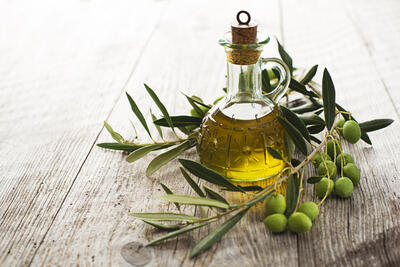 20 Ways to Use Olive Oil Outside of the Kitchen