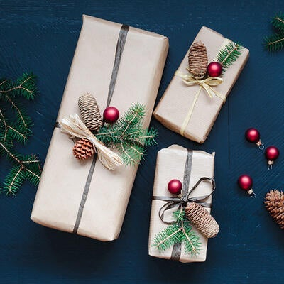 25 DIY Holiday & Christmas Gift Ideas: Easy, Homemade & Budget-Friendly Ways to Give