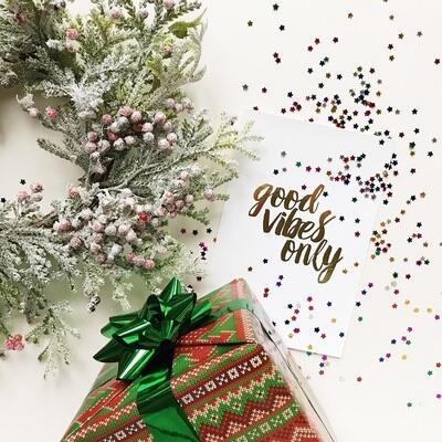 Holiday Bustle and New Year's Resolutions: Five Ways to De-stress